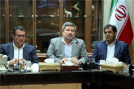 اخبار دریافتی از تولید کشور کاملا امیدوارکننده است/ با حضور وزیر صمت فعالیت های این وزارتخانه کاملا برجسته است